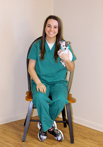 vet tech hailee at wooster animal clinic