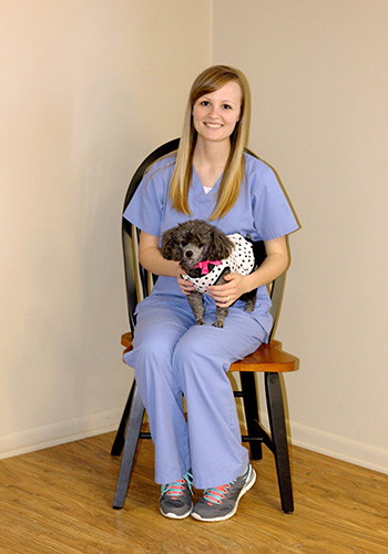vet tech kylie at wooster animal clnic